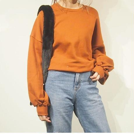 volume sleeve sweat tops