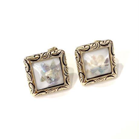 antique square stone pierce