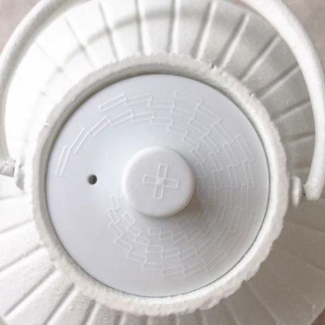 YOnoBI 鋳物ティーポット【GROOVE】  ホワイト