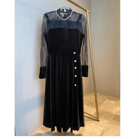 ブラックドレッシードレス