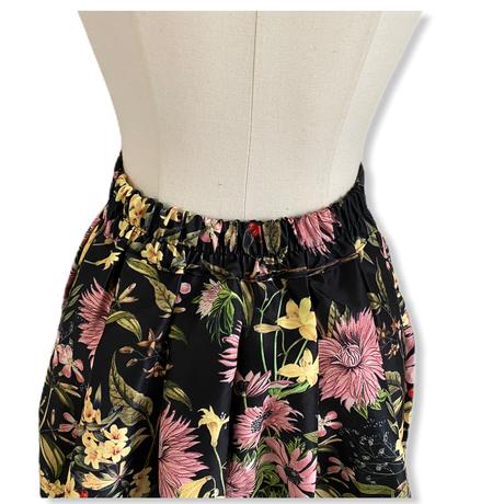 【2月16日まで1000円OFF】オリエンタルフラワーガーデンスカート【高級感あり・ブティックライン】