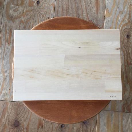 送料無料SALE 青森ヒバのまな板  20×30×2cm 寄せ木