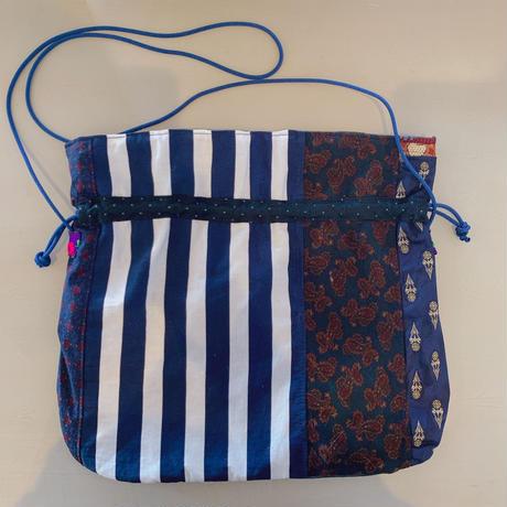 necktie kinchaku pochette (青)