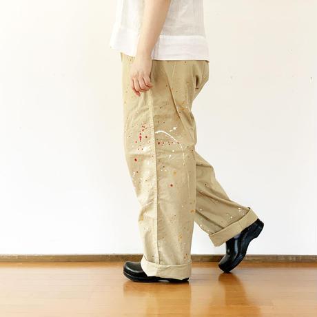 ユニセックス*MASTER&Co*マスターアンドコーLong Chino Pant with Belt ペイント加工オフィサーチノ(ベージュ)