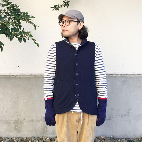 *メンズ&レディース*TOMORUKI★トモルキ★裏毛スウェットーベスト Harbor Vest  (男性着用)