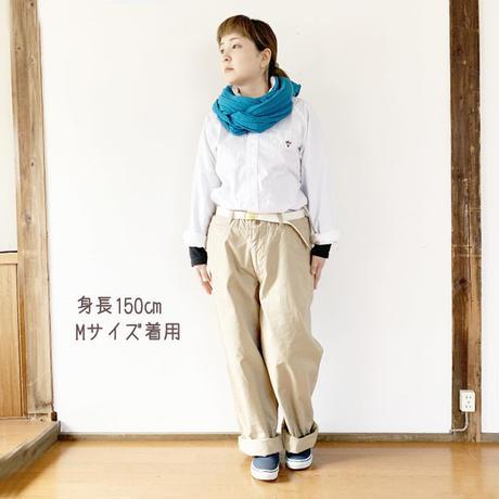 女性着用*MASTER&Co*マスターアンドコーLong Chino Pant with Belt オフィサーチノ(ベージュ)