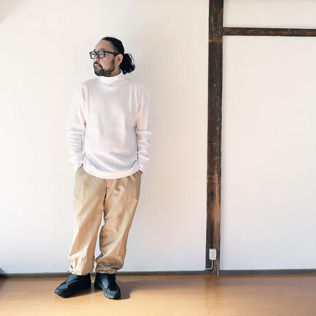 *ユニセックス*Audience MADE IN TOKYO-オーディエンス-度詰ワッフル タートルネック フィンガーホール L/S/ホワイト