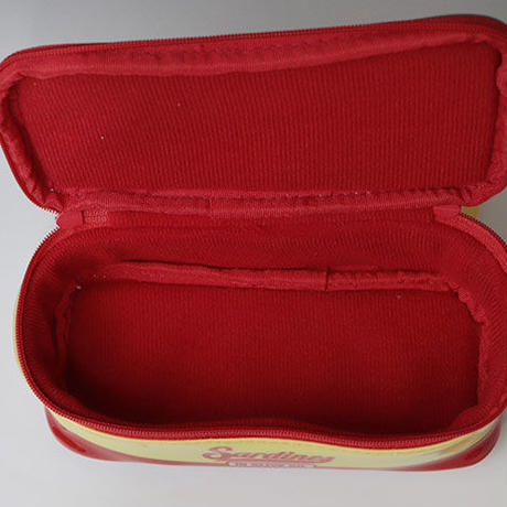メガネケース「オイルサーディン缶」