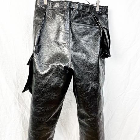 Asymmetrical crop cargo trousers