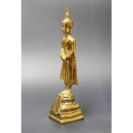 タイの曜日仏陀 日曜