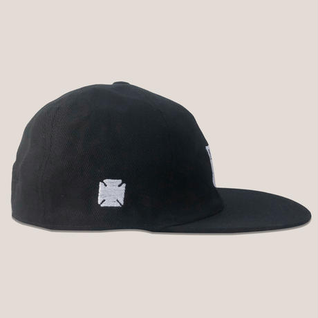 LOGO 6PANNEL CAP -BLACK/WHITE-