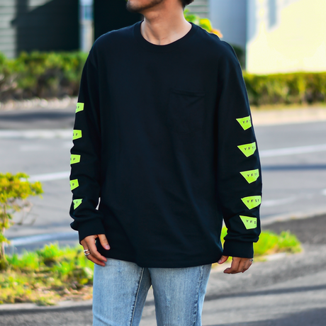 【予約商品】STANDARD LOGO Long Sleeve Pocket Tee【Black】