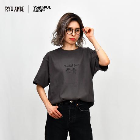 RYU AMBE ×YouthFUL SURF®  Collaboration Tee / Charcoal