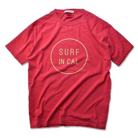 SURF IN CAL CIRCLE Pigment Dyed Tee【Crimson】