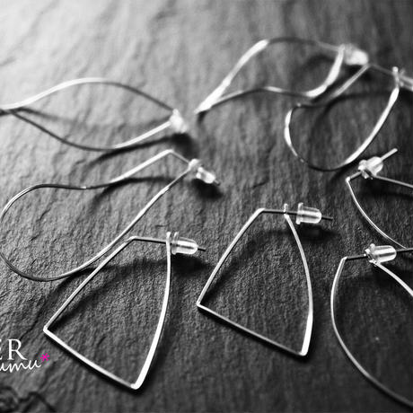 silver930 wirehoop pierce Sq