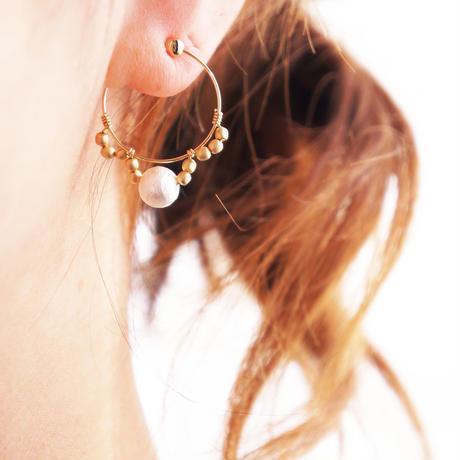 metal race earring 01