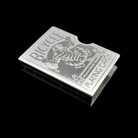 スチール・バイスクル・カード・プロテクター(彫刻)【G0381】Steel Tiger Card Protector (Carving)
