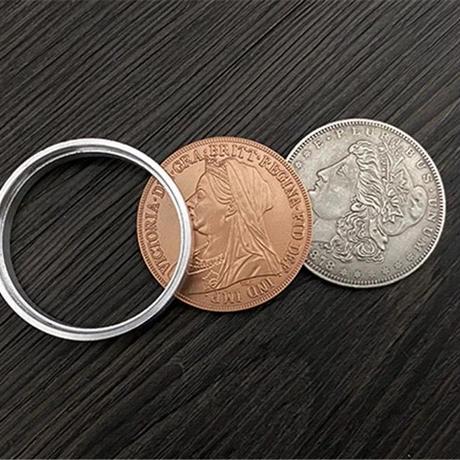 ロック式「スコッチ&ソーダ」【C0001】Scotch & Soda by Oliver Magic (Morgan Dollar and Queen Victoria Ancient Coin)