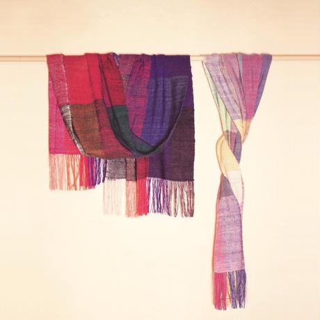 結城紬のショール 真綿まとう 多色 澄み色 52573-6CHPLE 絹100%  日本製