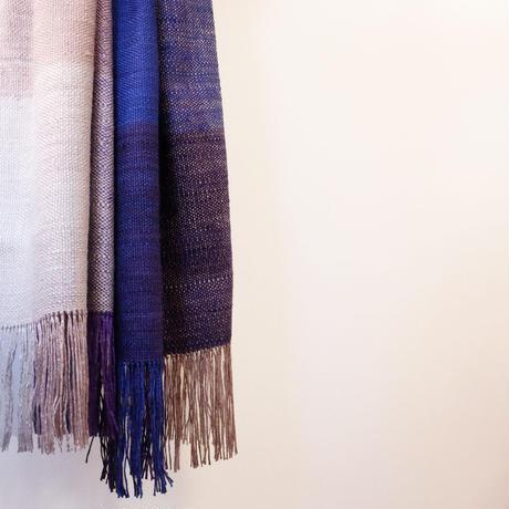 結城紬のショール 真綿まとう多色 けぶる夜 52451-6CHDMI 絹100%  日本製