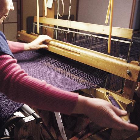 結城紬のショール 真綿まとう多色 おぼろ 52450-6CHLMI 絹100%  日本製