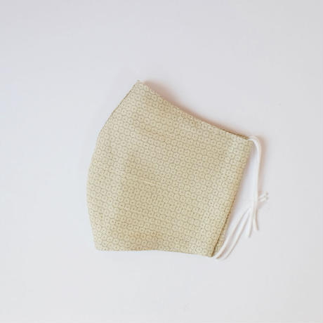 結城紬のマスク  キッコウ   イエロー 肌心地良い  表素材:絹100%