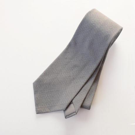 結城紬のネクタイ 亀甲細工 グレー