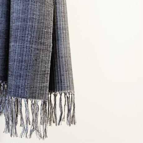 結城紬のショール 育てる色無地 むげつ 55632-4PLCHL 絹100%  日本製