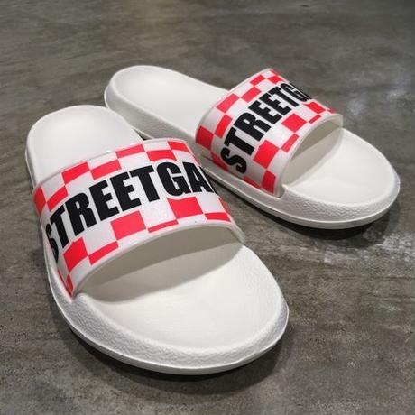 STREETGAME Slipper/ CHECKER (white / neon pink)