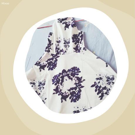 ホルターネック刺繍プリントワンピース