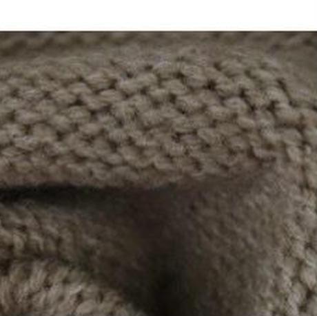 ニットパーカー膝丈スカートセット