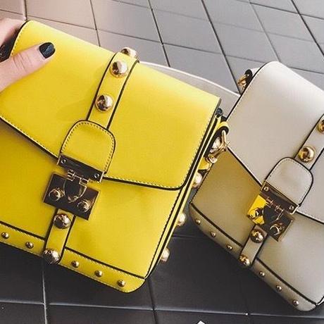 新作♡ バッグ ROCK ワイドショルダーリベットバッグ 全4カラー