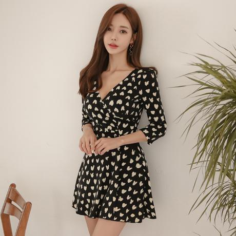 レディース ワンピース ハートプリントAラインショートドレス 韓国 ファッション オルチャン  カジュアル  Vネックスリムウエストドレス