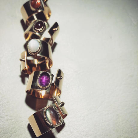 SLIT RING stone :sunstone  :brass