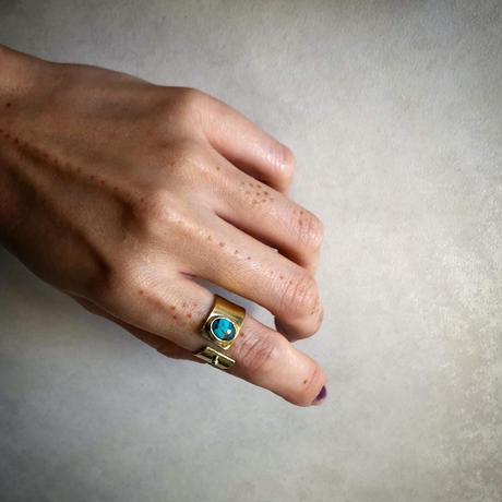SLIT RING  con Oyster copper turquoise (brass)