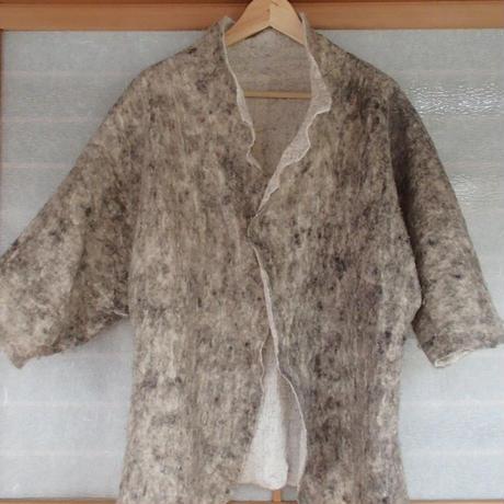 【松田有真のUSEDアイテム☆】生産量限定で入手困難な「うさとの服」とっても軽いのに暖か♪「ウール×オーガニックコットンジャケット」(グレー)男女兼用・ワンシーズンのみ着用