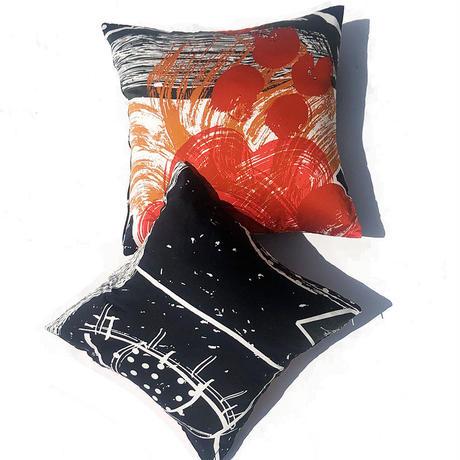 Hand print cushion 03  42×42