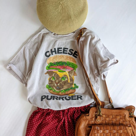"""CHEESE PURRGER"" Tシャツ"
