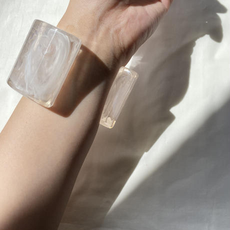 bon bangle/clear white