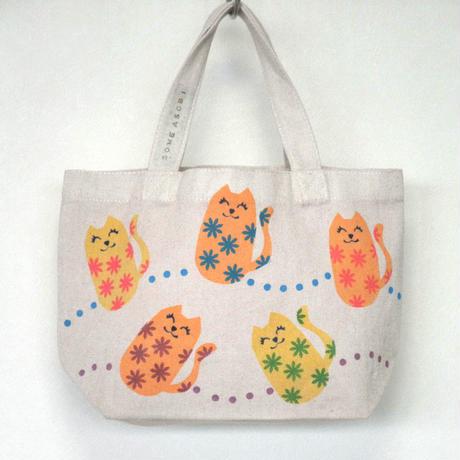 ☆お散歩に♪ランチバッグに♪便利に使えるミニトートバッグ(うす茶地・ネコ)