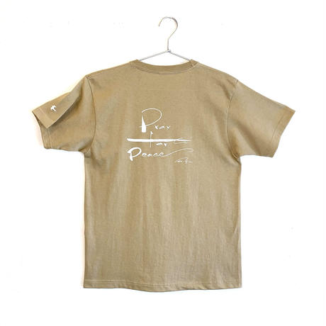平和を祈るTシャツ サンド