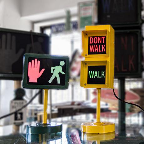 Signal Lamp ~アメリカの信号機~(WALK/DON'T WALK )