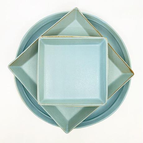 笠間焼 / うすくて軽いプレート(角)(S)艶消しの水色