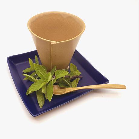 笠間焼 / うすくて軽いタタラタンブラー(白茶)