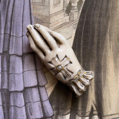 貴婦人の手(グレージュ)