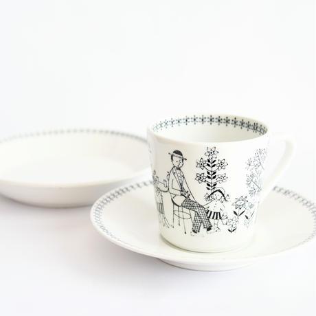 ARABIA/Emilia (アラビア/エミリア)コーヒーカップソーサートリオNo.3