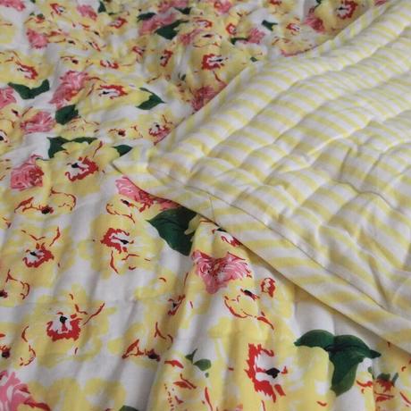Le petit Lucas プチルカ baby quilt 105x140 yellow flower