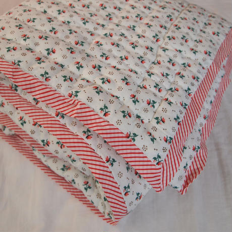 Le petit Lucas プチルカ baby quilt 105x140 small flower
