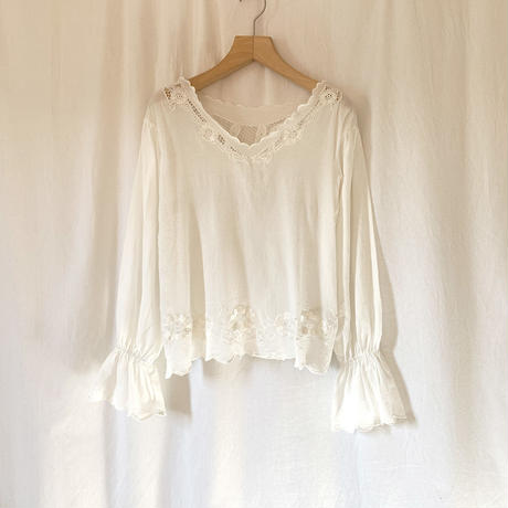 Manic Monday・Juliet Top・¥11880(9P62003E)