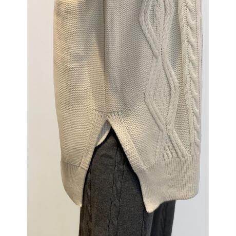 ZURI・Round Knit Best(0W42022H)